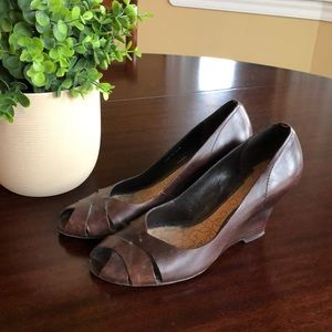 Leather wedge heels, Kenneth Cole Reaction